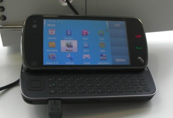 Nokia's N97 flagship phone